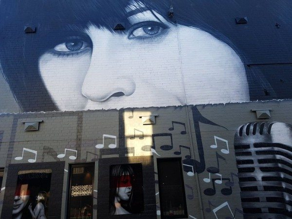 Chrissy Amphlett art work in Geelong (@AmphlettLane on Twitter)